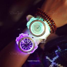 Cool Flash Light Jelly Diamond Men Quartz Watch with Silicone Strap